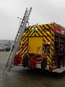 pompier-porte-echelle-electrique